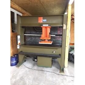 Atom HSP 588/3 press travelling cutting machine