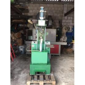 Sabal UVS 80 Heel Nailing machine