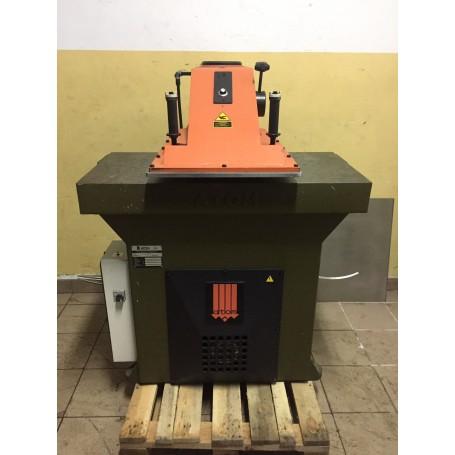 ATOM SE 25 Clicker cutting press